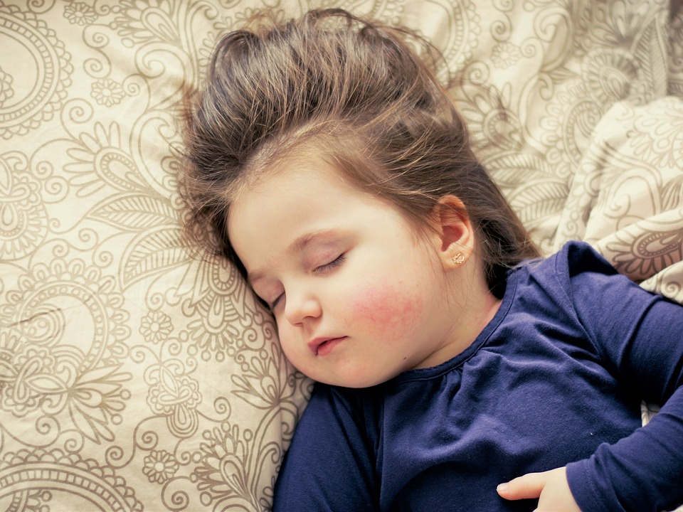 5 Creative Ways To Prevent Toddler from Having Sleep Deprivation