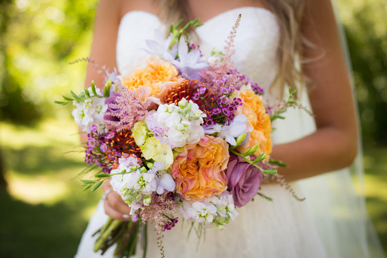 Top Wedding Flower Tips That Every Bride Should Know